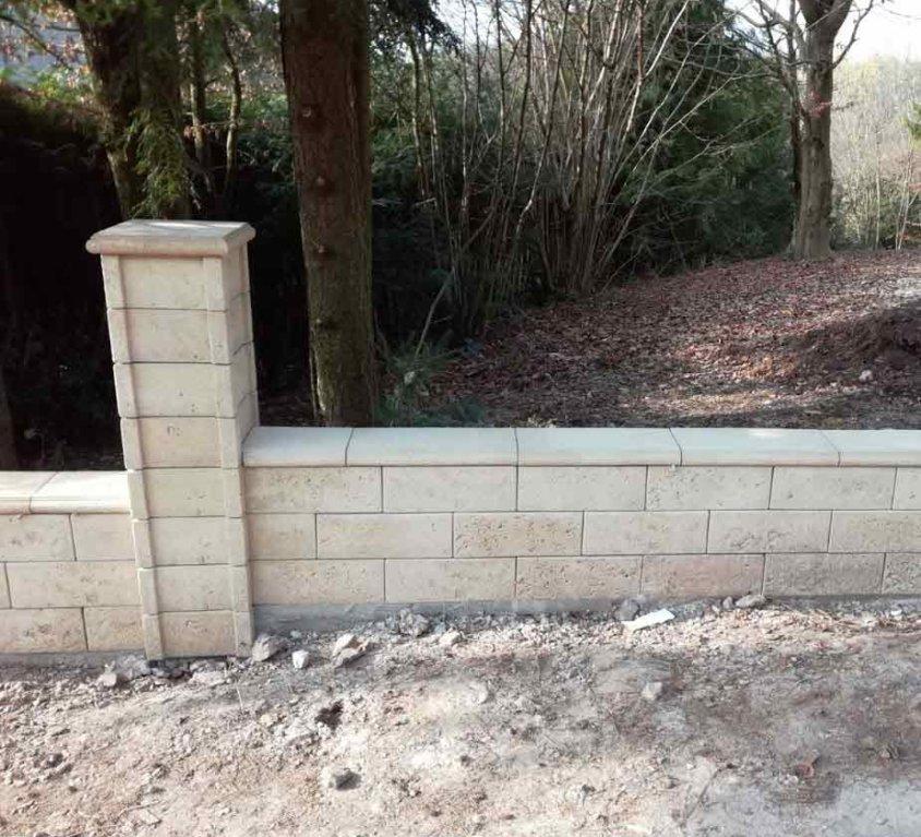 Neubau einer Gartenmauer